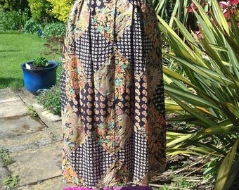 Vintage 1970's midi skirt in patchwork print fabric