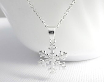 Winter Necklace, Christmas Necklace, Snowflake Necklace, Sterling Silver Snowflake Pendant on Sterling Silver Necklace Chain, Christmas Gift