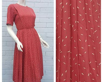 Vintage 1980s Muted Red White Line Confetti Print Tuck Bodice Short Sleeve Accordion Pleat Skirt Midi Silk Dress Medium