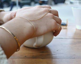 Chain handpiece // thin gold finger bracelet