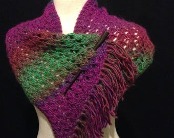 NECK WARMER Hand-Knitted Purple Green Wool Scarf Shawl Cowl With Wood Pin for Winter by Els