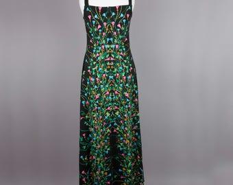 1970s floral print vintage maxi dress