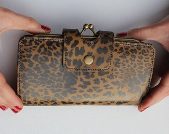 Evanna Large Clip Wallet Leopard Print Leather