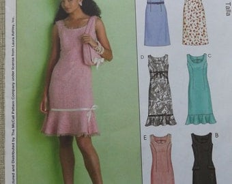 Laura Ashley Design Close Sei-Fitting, Scoop Neck, Sleeveless Dress Sizes 8 to 14 Complete McCall's Sewing Pattern M4768 All Uncut/FF Pieces