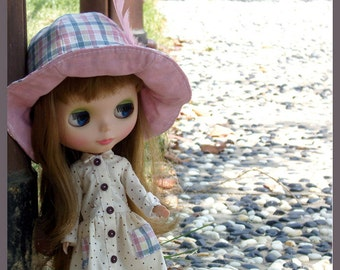 """PDF Sewing Pattern for 12"""" blythe, dal doll Clothes - Dress & Hat Set"""