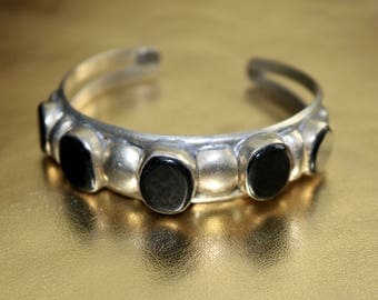 Sterling silver and onyx stone bracelet