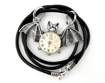 Spooky Bat Necklace - Winged Bat Pendant - Clockworks Bat Necklace - Flying Bat Necklace - Edwardian Steampunk Bat Necklace Goth Bat Pendant