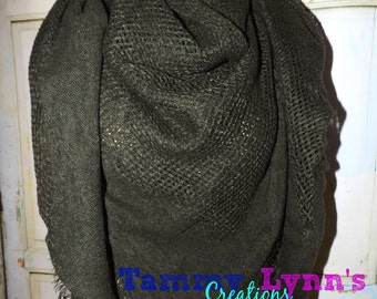 NEW!  Solid Dark Olive Green Open Weave Square Fall Winter Women's Accessories Photo Shoot Cold Weather