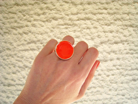 Tangerine orange ring, orange resin ring, round ring, color block jewelry, pop modern minimalist glass ring, big chunky solitaire ring