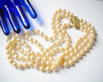 Vintage Necklace Pearl Three Strand Multi Faux Pearl Gold Pink Glossy Pearls Hollywood Regency Mid Century