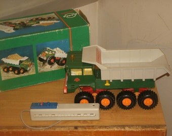 Gama Toys Dump Truck