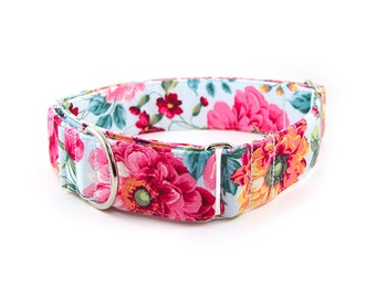Floral Martingale Collar // Size S-XL // Adjustable Length // Fabric: Dynamic Floral Bouquet