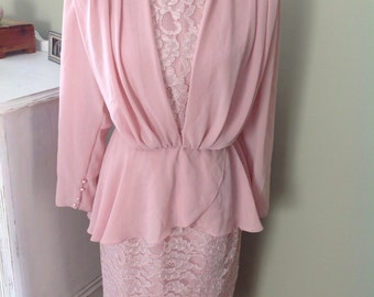 Vintage Pink Formal Dress.....One piece......Drapey  front.......Lace