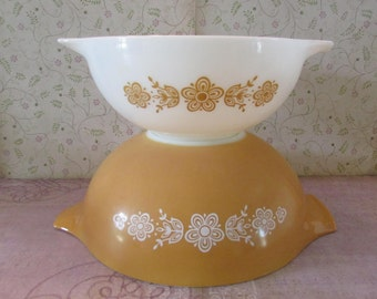 Vintage Pyrex Cinderella Nesting Mixing Bowls Set of 2 Butterfly Gold