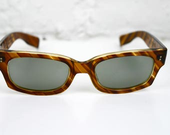 Polaroid Cool Ray Sunglasses Styled by Cari Michelle Striped Tortoise Shell 1950s