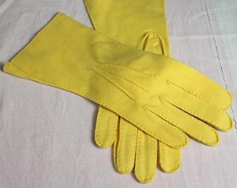 Vintage 50s Sunshine Yellow Flared Wrist Dress Gloves