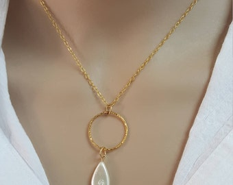 One drop pearl . Gold filed necklace, Mother gift , Bridal necklace, Pearl necklace,  wedding Jewelry, Romantic,