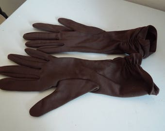 Vintage 1950's Brown Ripple Effect  Gloves...   ....  Size 6 1/2