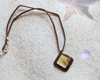 Natural coconut pendant necklace