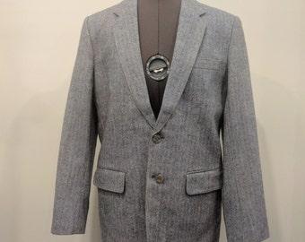 Vintage 1960's Men's Cackatoo 2 Button 40R Blue Grey Classic Herringbone Tweed Blazer / Sport coat / Jacket Made in China