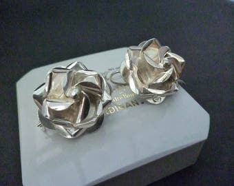 "A beautiful pair of silver rose earrings - Mexico silver 925 - 1.1"" x 1.1"""