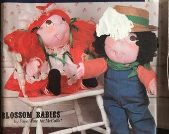 """McCalls 690 - 1980s Blossom Babies Boy and Girl Doll with Yarn Hair - Size 23.5"""" Tall"""