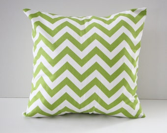 Green chevron pillow cover, green pillow cover, natural pillow, throw pillow, modern pillows, couch pillow, green chevron pillow