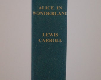 Alice In Wonderland - Lewis Carroll - Book Club Edition
