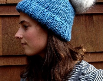 Faux fur pompom hat- knit winter pom pom beanie- handmade knit beanie- Chunky wool winter beanie
