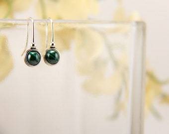Malachite sterling silver earrings - 6mm [E43M]