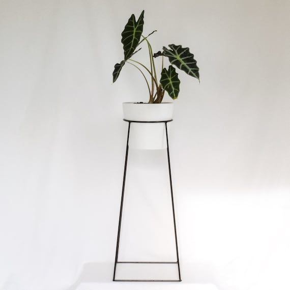 The tulameen wire steel metal planter plant stand - Steel pot plant stands ...