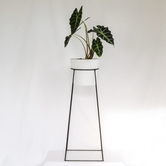The tulameen wire steel metal planter plant stand - Flower pot stands metal ...
