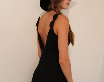 Perfect 90's Little Black Dress, Adrianna Papell with Tiny Bows on the Sleeves