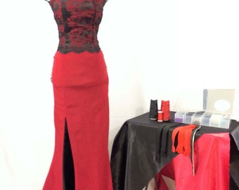Mermaid red and black sweetheart nekline dress with lace