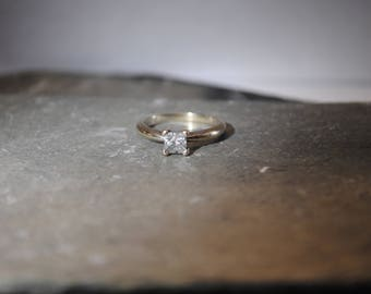 Vintage 14k White Gold Princess Cut Engagement Ring .49c size 4.5