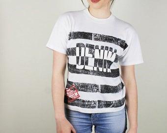 Vintage DENIM Shirt, 90s DENIM T-shirt, Faux DENIM Shirt, 90s Tshirt, black stonewash denim shirt, Vintage shirt, Western express Shirt