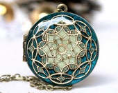 Blue/ Locket/ Gift/ For/ Her/ Christmas Gift/ Women's/ Locket Necklace/ Gift/ For/ Girlfriend/ Handmade Gift/ Romantic/ Gifts/ Wedding/ Gif