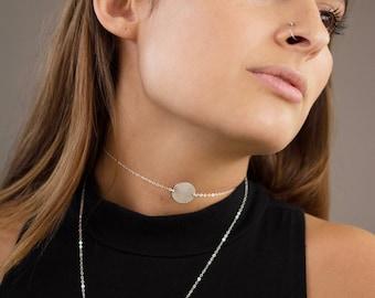 Hammered Silver Circle Choker Necklace, Medallion Choker Short Necklace, Disc Short Layering Jewelry, Disk Silver Hammered Necklace