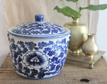 Vintage Blue And White  Lidded Porcelain Jar Floral Motif