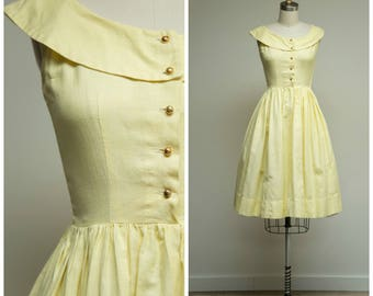 Vintage 1950s Dress • Sunshine Kisses • Yellow 50s Shirtwaist Dress with Full Skirt Size XSmall