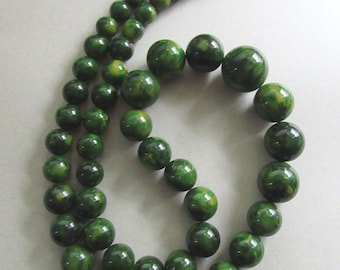 Bakelite Necklace BIG Creamed Spinach Green and Yellow Swirls Beads Vintage Costume Jewelry Beads MoonlightMartini