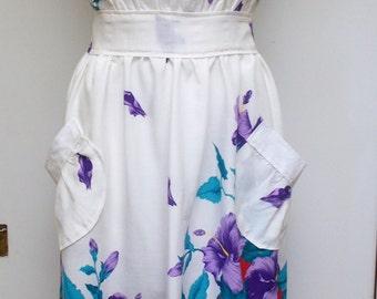 Full Apron, Floral Apron, Womens Apron, Trocical Print Apron, Craft Apron, Kitchen Apron, Hostess Apron, Mothers Day Apron, Handmade Apron,