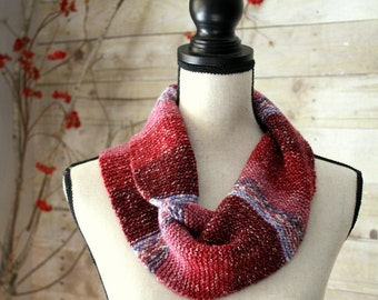 Twisted Knitted Cowl