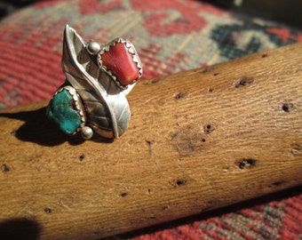 Vintage Turquoise, Coral and Sterling Silver Feather Ring Size 5.25