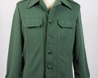 1960s / 1970s Vintage Lee Long-Sleeve Shirt - Olive Green - Size Large - Wolf Buttons - Excellent Condition