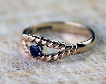 Vintage Gold Sapphire Ring Solitaire Engagement Twist Ladies Yellow Gold 9k 9kt 375 FREE SHIPPING Size L.5 / 6