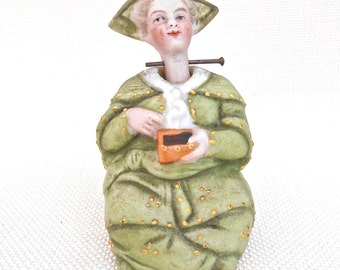 Geisha Girl Figurine with a 'Wobble Head' - Chinese Geisha Ornament, Japanese Geisha Statue, Oriental Girl, Asian Art, Asian Ornament