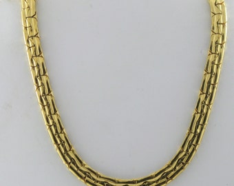 Vintage Trifari Gold Tone Choker Necklace (N-4-2)