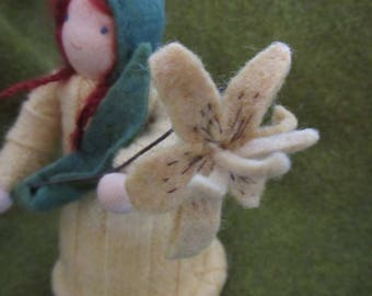 Root Children Dolls/Waldorf Nature Table Puppets