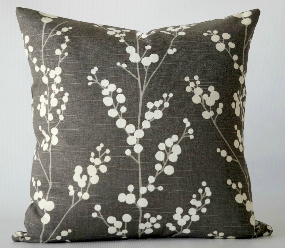 Throw Pillow Covers 22x22 : Gray 22x22 pillow cover. decorative pillow. gray white pillow
